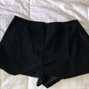 Abercrombie & Fitch Black Envelope Skort